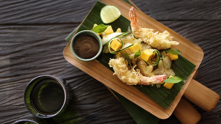 tempura-prawns-seasonal-fruit-rujak